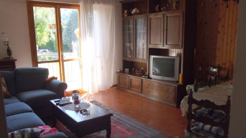 Appartamento in vendita a Moggio, 9999 locali, prezzo € 85.000 | CambioCasa.it