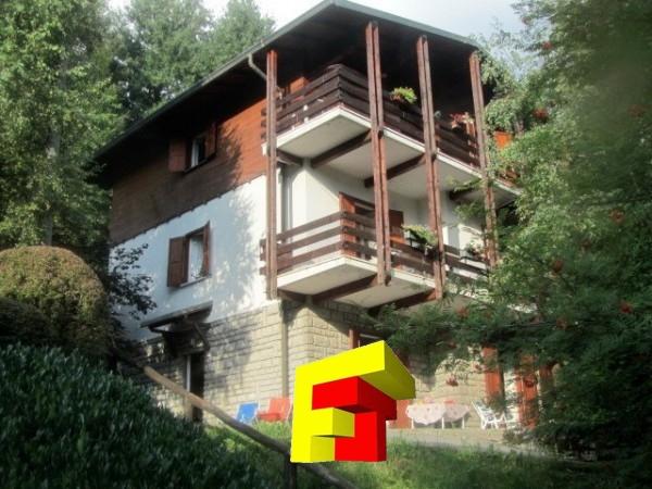 Villa vendita MOGGIO (LC) - 7 LOCALI - 300 MQ