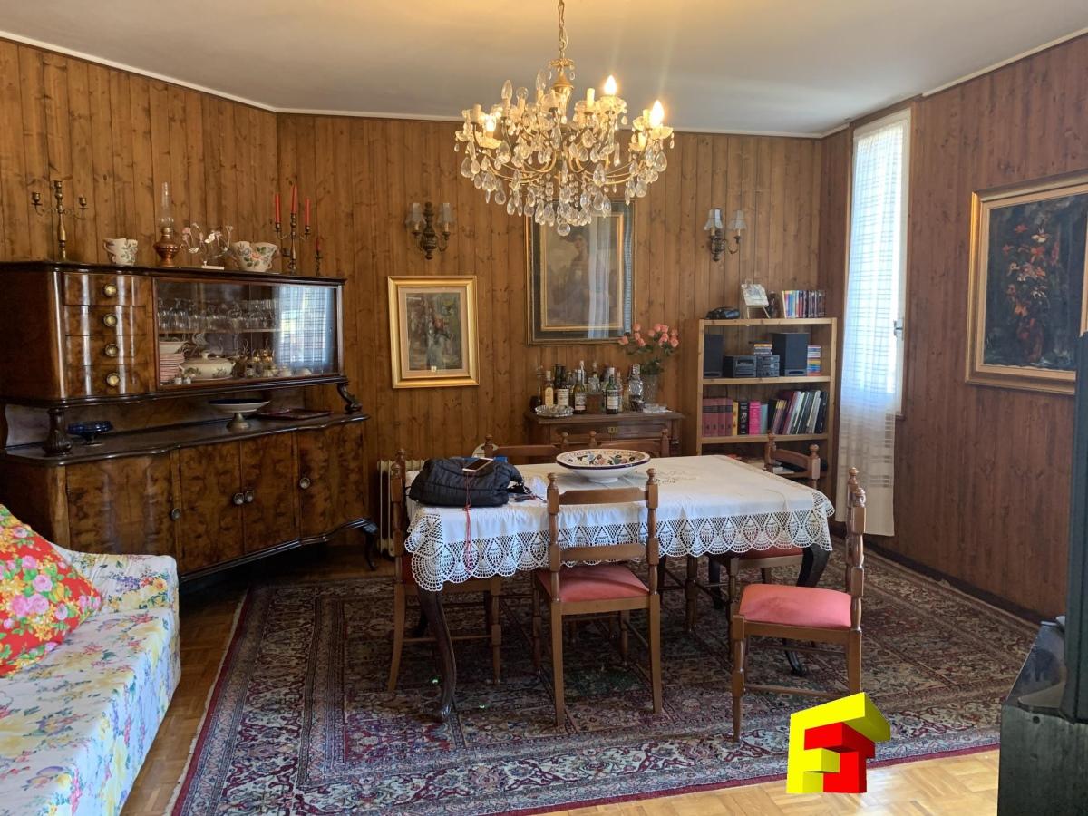 Appartamento in vendita a Moggio, 3 locali, prezzo € 110.000 | CambioCasa.it